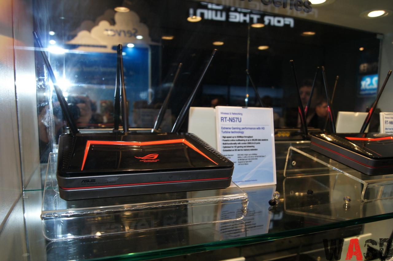 ASUS RT-N57U şi ASUS RT-N66U