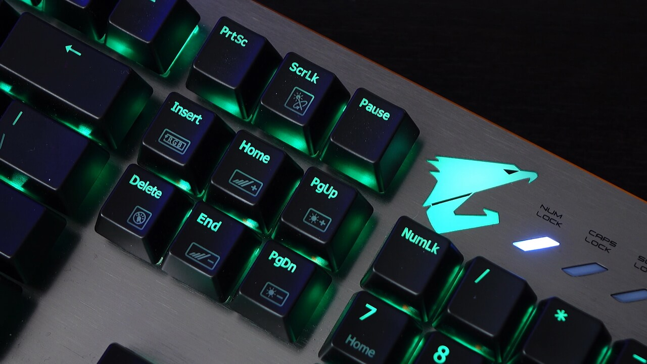 Gigabyte aorus K7 Cherry MX Red RGB gaming Keyboard review | WASD