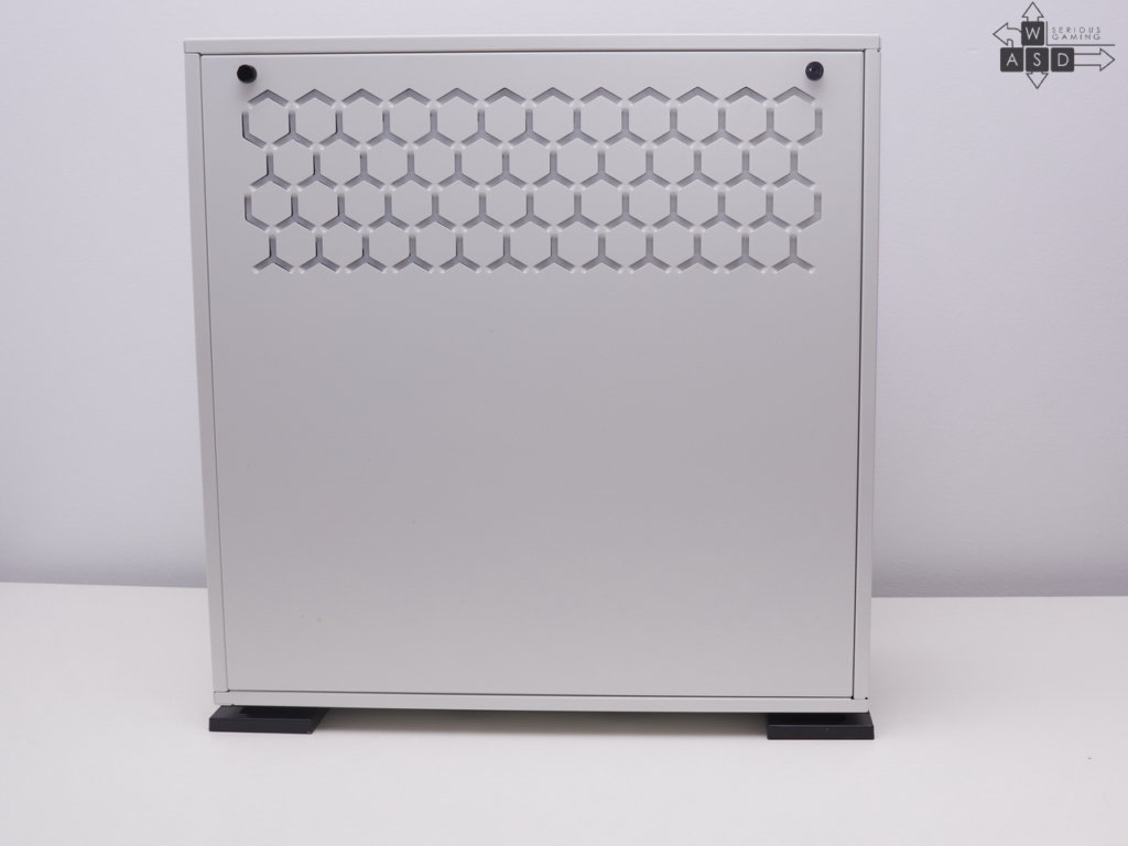 In Win 303 White tempered glass ATX review | WASD
