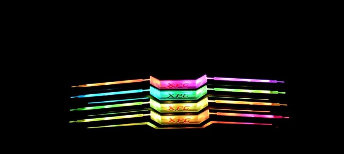 Modulele de memorie RGB ADATA XPG SPECTRIX D80 cu racire prin azot lichid au atins pragul de 5531 MHz