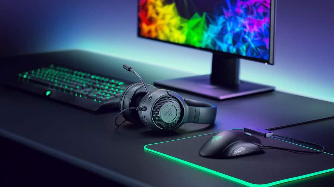 Razer lanseaza cele mai usoare casti de gaming