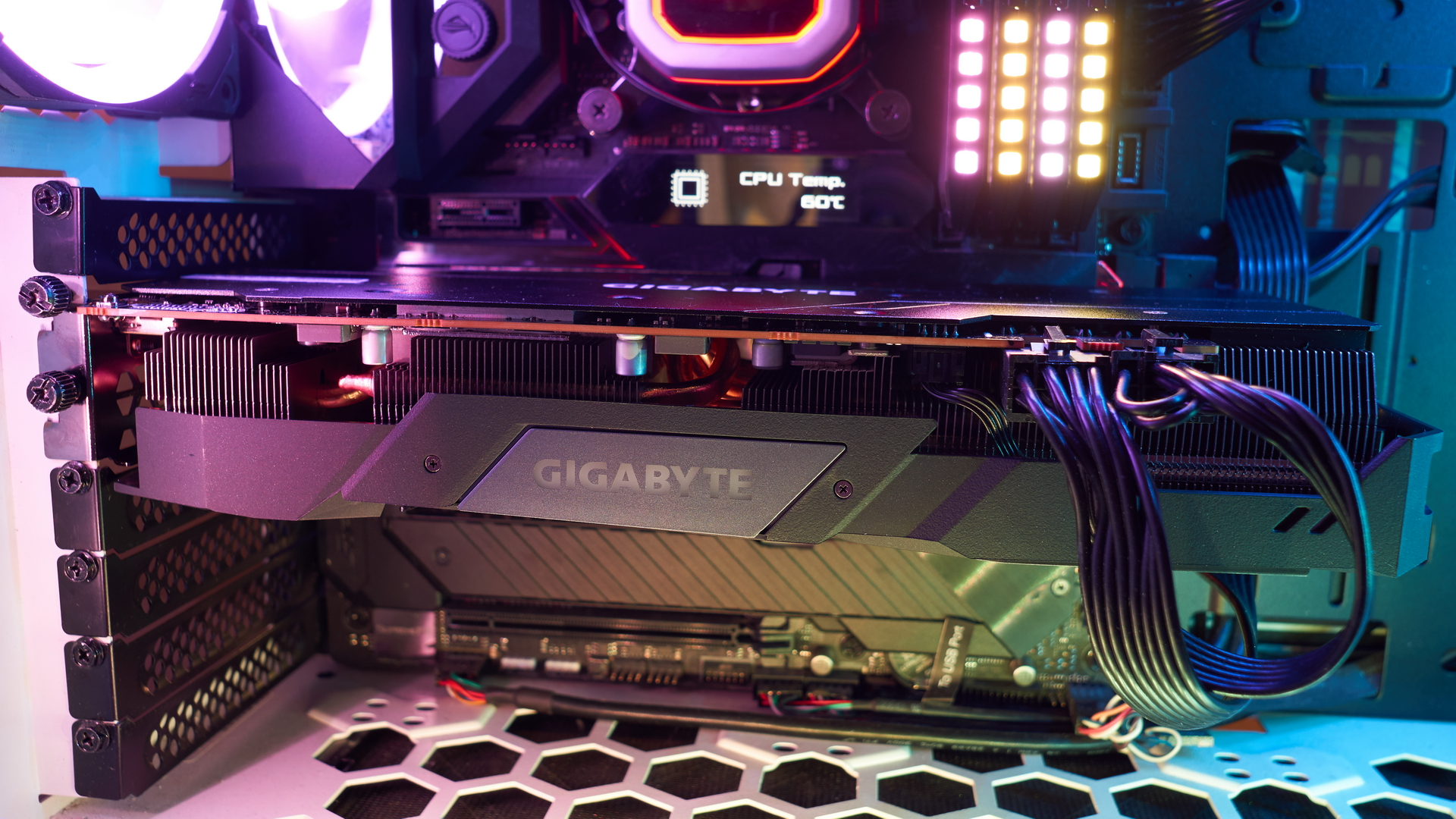 Gigabyte Radeon RX 5700XT Gaming OC 8G | WASD.ro