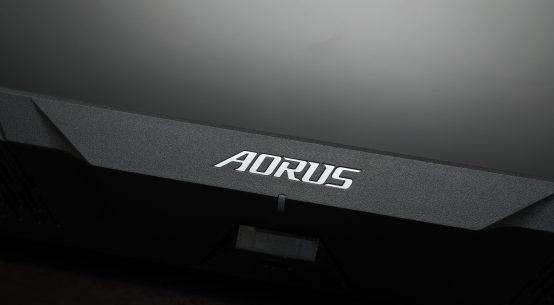 Aorus FV43U review   WASD