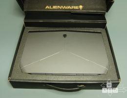 Alienware 13 (2/12)