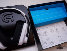 Logitech G933 Artemis Spectrum Snow 7.1 Wireless Gaming Headset (3/18)