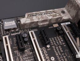 Gigabyte X170-Extreme ECC (10/15)