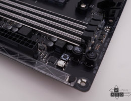 Gigabyte Aorus AX370-Gaming 5 (10/15)