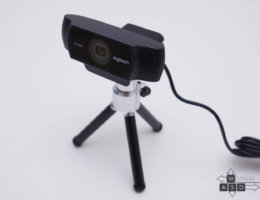 Logitech C922 Pro Stream Webcam (8/9)